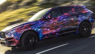 Jaguar F-Pace to use F-Type's chassis tech - IAB Report