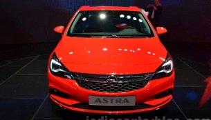 2016 Opel Astra – 2015 Frankfurt Motor Show Live