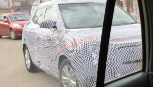 More spyshots of Ssangyong Tivoli testing in India before debut - Spied