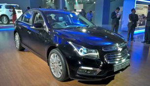 Chevrolet Cruze 2016 (facelift) - Auto Expo 2016 Live