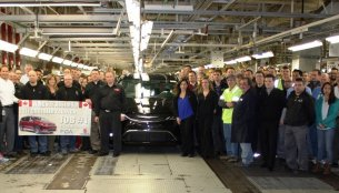 Chrysler Pacifica production begins at Windsor Assembly Plant - Canada