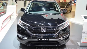 Honda CR-V Black Edition displayed at Geneva Motor Show 2016 - IAB Report