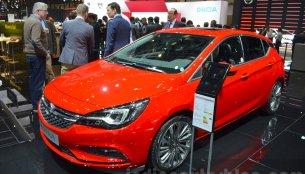 Opel Astra, Opel Astra TCR - Geneva Motor Show Live