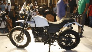 Royal Enfield Himalayan to be sold without center stand - Report