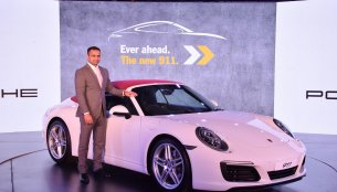 2017 Porsche 911 Carrera and Turbo range launched in India