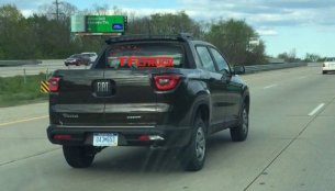 Fiat Toro pickup spotted testing in the USA