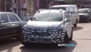 New Chevrolet Onix (facelift) spotted testing