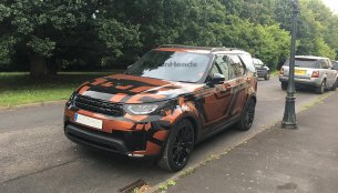 2017 Land Rover Discovery reveals its design in new spyshots