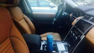 Interior of 2017 Land Rover Discovery revealed in new spyshots