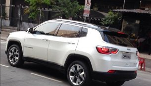 New 2017 Jeep Compass spyshot reveals rear-end styling