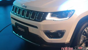 India-bound 2017 Jeep Compass - In 18 Live Images