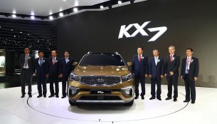 Sorento-based New Kia KX7 previewed in China