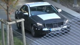 2018 Mercedes C-Class (facelift) spotted hiding new bumpers, lights