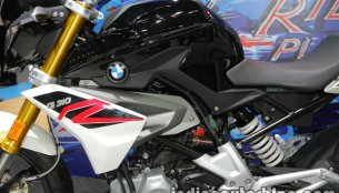 American reviews give the thumbs up to the BMW G310 R