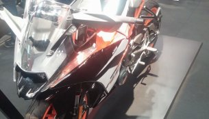 2017 KTM RC390 & 2017 KTM RC200 launch in India on 19 January