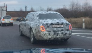 2018 Rolls-Royce Phantom spied on test