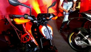 2017 KTM Duke 390 launched in Nagpur at INR 222,868