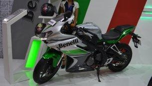 Benelli 302R & Benelli TNT 600i - Nepal Live