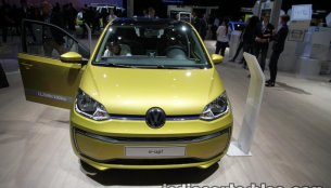 2017 VW e-up! showcased at IAA 2017 - Live