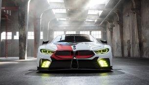 Development of the BMW M8 GTE on course - Report