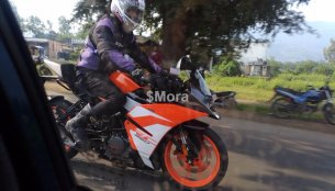 2017 KTM RC 250 spied in India