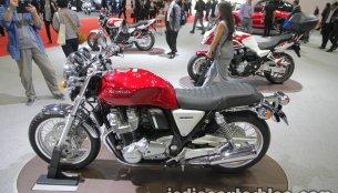 Honda CBR1000RR SP & Honda CB1100 EX at the 2017 Tokyo Motor Show - Live