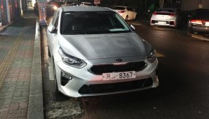 2018 Kia Cee'd spied completely undisguised