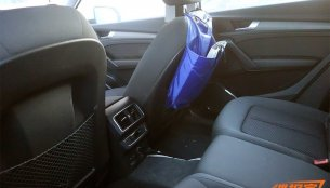 Audi Q5 L (long-wheelbase) interior exposed in spy shots