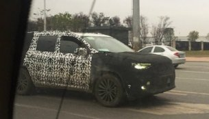 Jeep 7-seat SUV spied testing in China