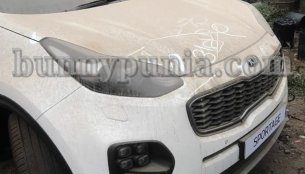 Kia Sportage and Kia Niro spotted in India