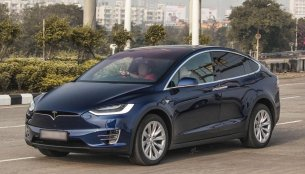 India's first Tesla Model X spotted on Mumbai roads [Video]