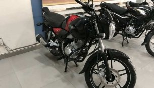 2018 Bajaj V15 arrives at dealership