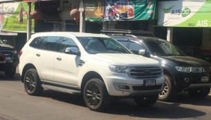 2018 Ford Everest (2019 Ford Endeavour) spied completely undisguised