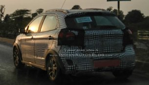 Ford Figo Cross (Ford Freestyle) with new alloy wheels spied on test