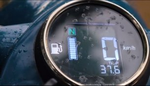 Digital instrument cluster for Royal Enfield Classic 500 by Bandidos Pitstop