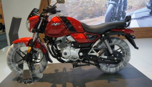 2018 Bajaj V15 showcased at Motobike Istanbul 2018
