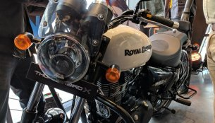 Royal Enfield Thunderbird 350X with accessories showcased at launch
