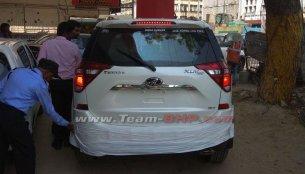 2018 Mahindra XUV500 (facelift) exterior revealed