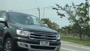 Facelifted Ford Endeavour (Ford Everest) spied testing completely undisguised