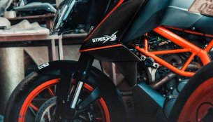 KTM 390 Duke 'StreetX2' by Autologue Design [Video]