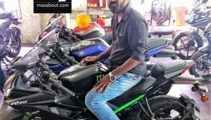 New colour variant of Yamaha YZF-R15 v3.0 spotted in Chennai