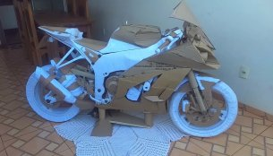 This cardboard art Kawasaki Ninja ZX-10R is patience personified [Video]