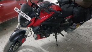 Purported 2019 Bajaj Dominar 400 spotted up close (new pics)