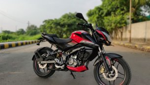Bajaj Pulsar NS160 Twin Disc Test Ride Impressions
