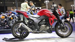 Haojue DR300 (Suzuki GSX-S300) revealed at Chongqing Mobo Fair 2018