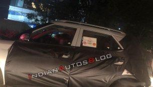 Hyundai Styx (Hyundai QXi)'s mid-tier trim spotted on test