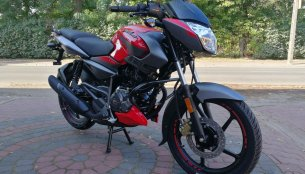 New Bajaj Pulsar NS125 Fi - In 13 Live images