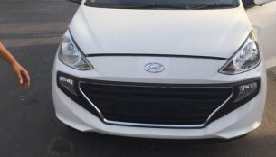 2019 Hyundai Santro in the range-topping Asta grade exposed