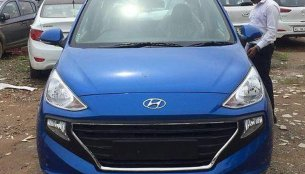 Marina Blue Hyundai Santro spotted in the Marina Blue colour