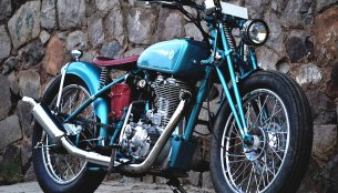 Custom Royal Enfield Classic 500 modified into a Vintage Hardtail Bobber